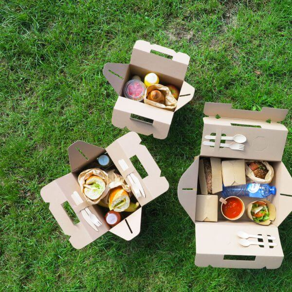 Catering picnic boxes made of cardboard