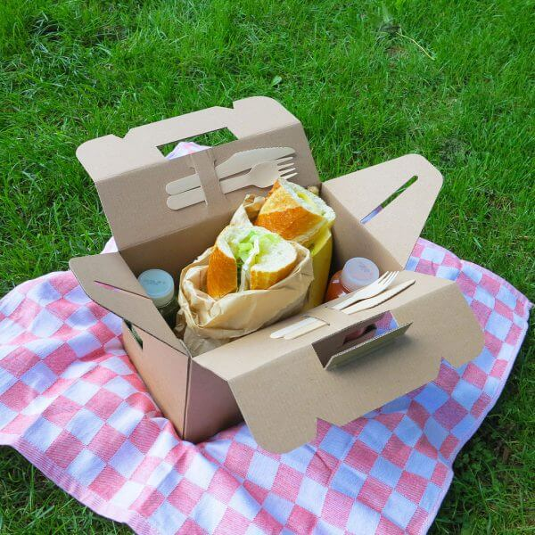 Catering box made of cardboard